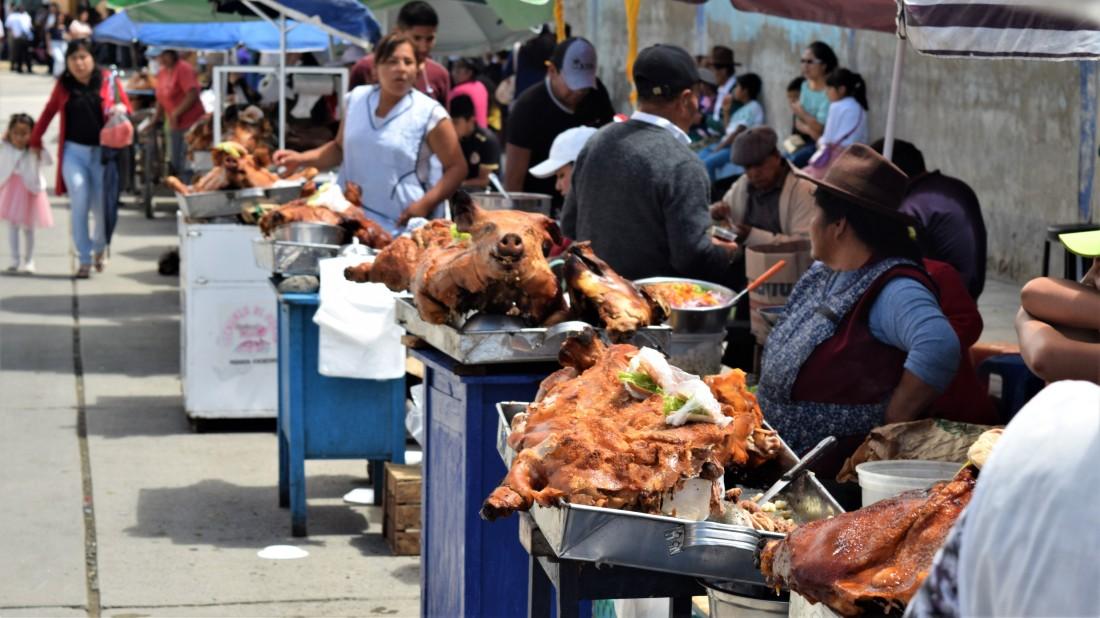 cuchi canka - whole roast hog